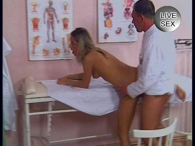 Deutsche hat XXX mit ihrem Arzt