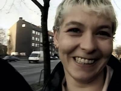 Deutsches Paar macht Dreier mit einem Amateurporno Produzenten