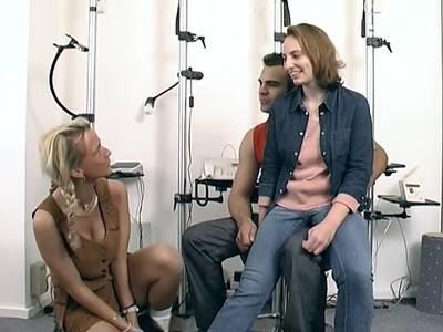 Deutsches Paar macht Sex vor Kameras
