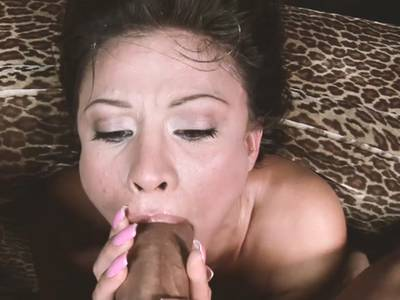 Asiatische Deepthroat Blowjob in HD