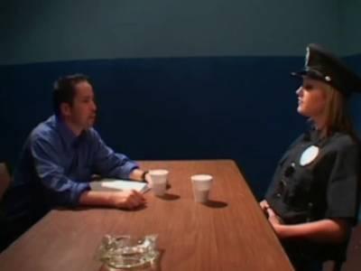 Fetischsex mit Polizistin