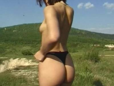 Haariges Girl im Outdoor Solo Video